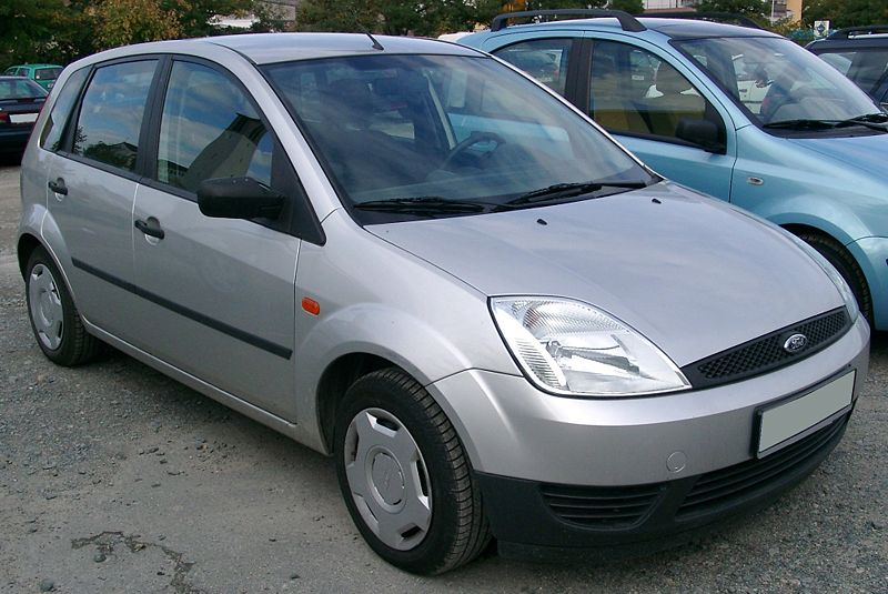 800px-ford_fiesta_mk6_front_20070926