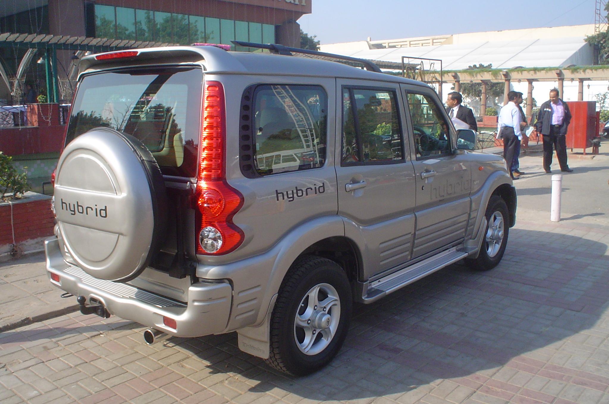 mahindra-scorpio-hybrid4