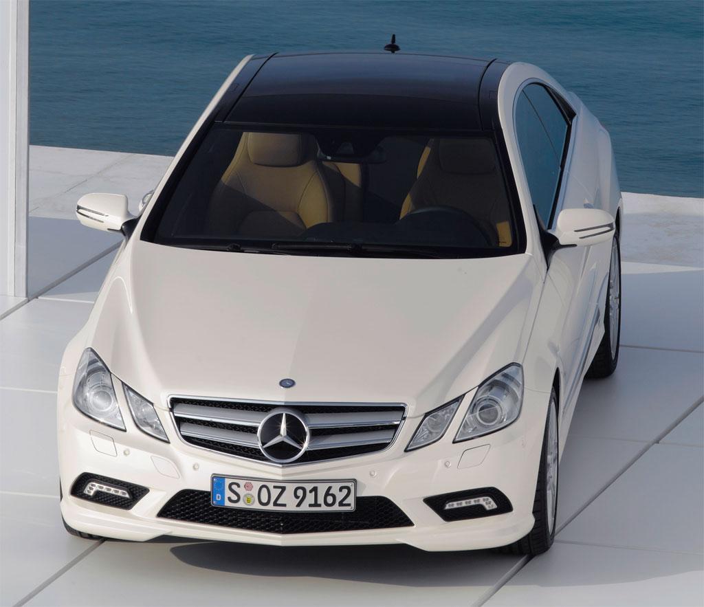 2010-mercedes-e-class-coupe-amg-2