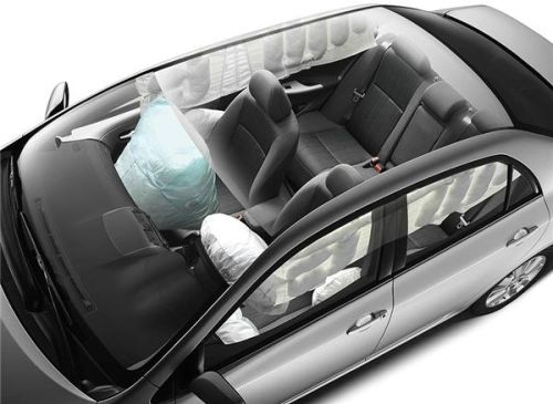 toyota_corolla_sedan_airbag