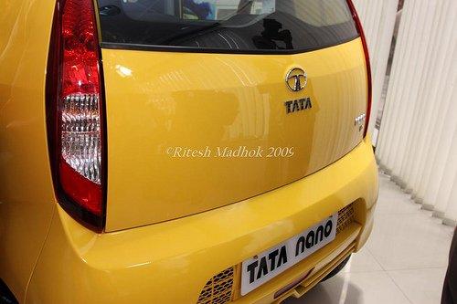 Tata_Nano_rear