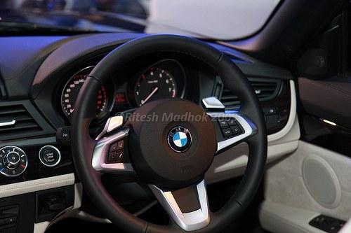 BMW_Z4_steering_wheel