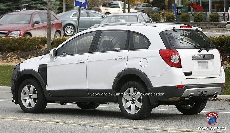Chevrolet_Captiva_2.2_diesel_facelift_2010 - 5