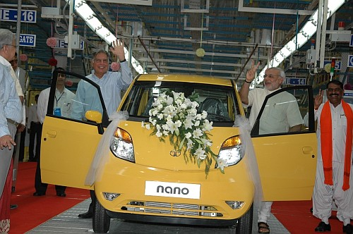Ratan Tata Narendra Modi Gujarat Nano roll out Sanand