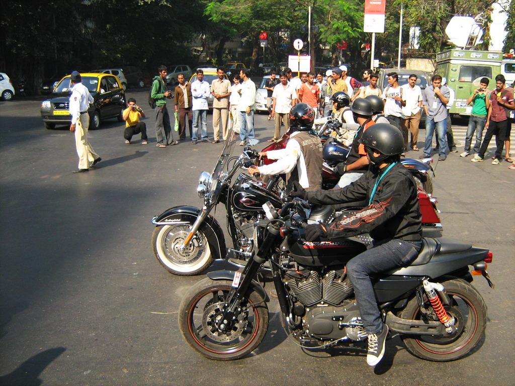 Mumbai Parx Supercar Parade 2011