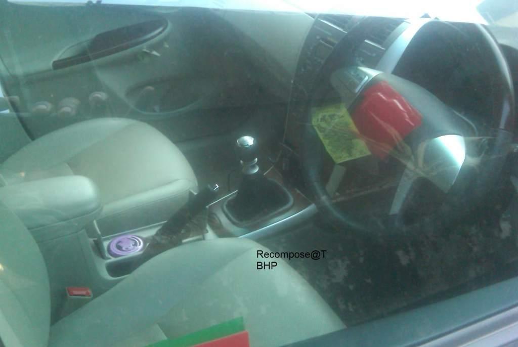 2011_Toyota_Corolla_Altis_Interiors