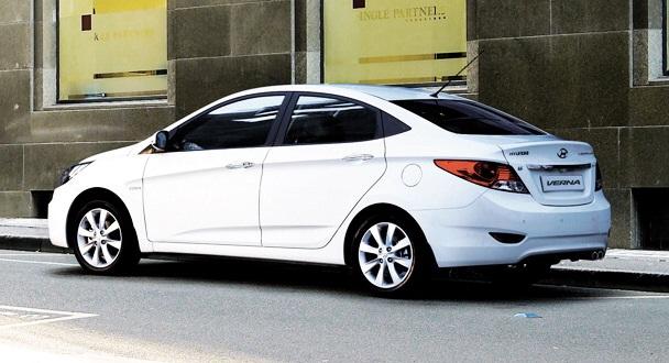 new Hyundai Verna white side