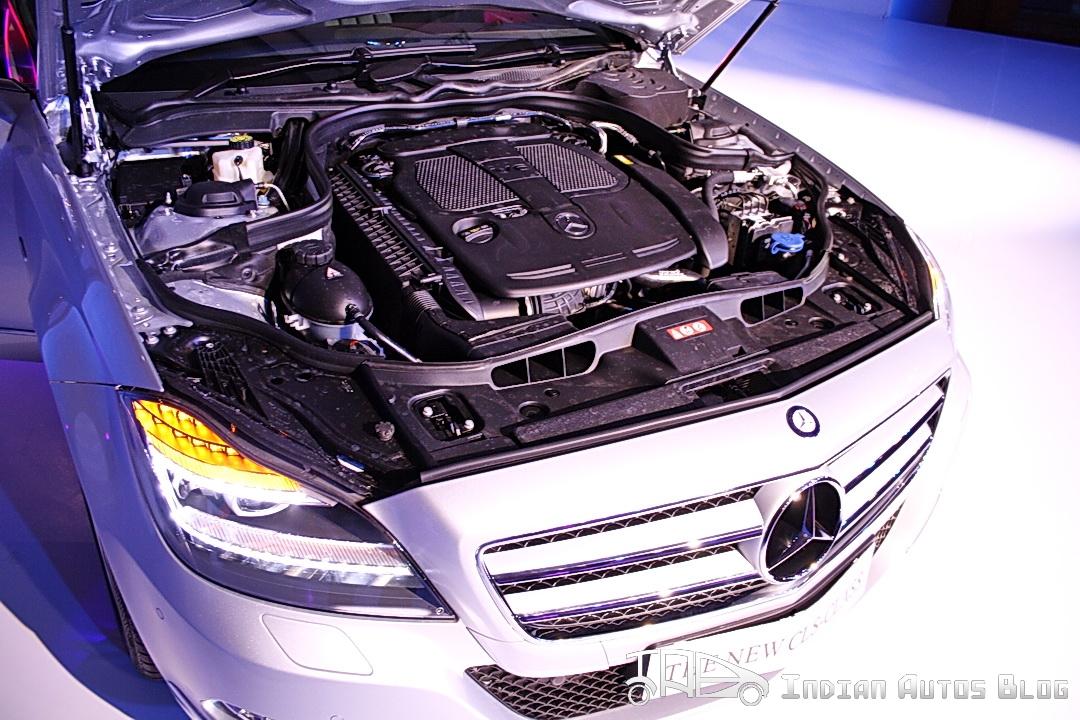 Mercedes CLS engine