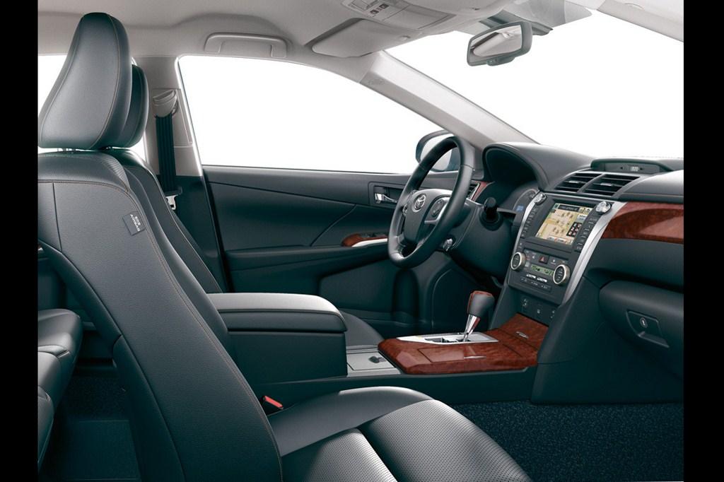 2012 Global Toyota Camry interiors