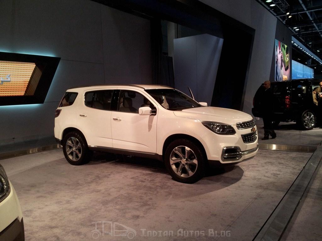 Chevrolet Trailblazer Dubai side profile