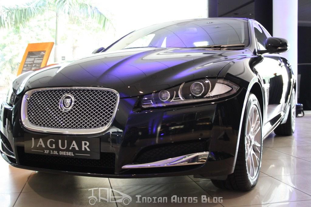 Jaguar XF Facelift-1
