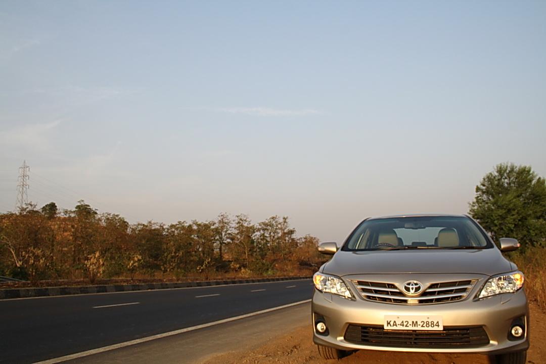 Facelifted Toyota Corolla Altis