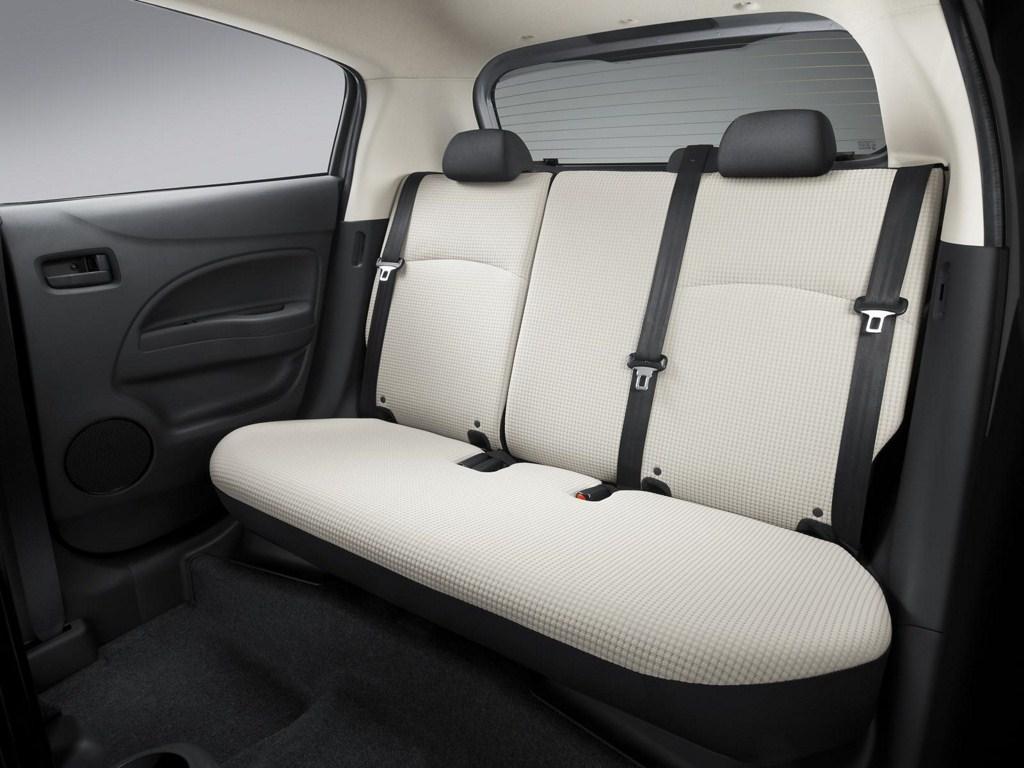 Mitsubishi Mirage rear seat