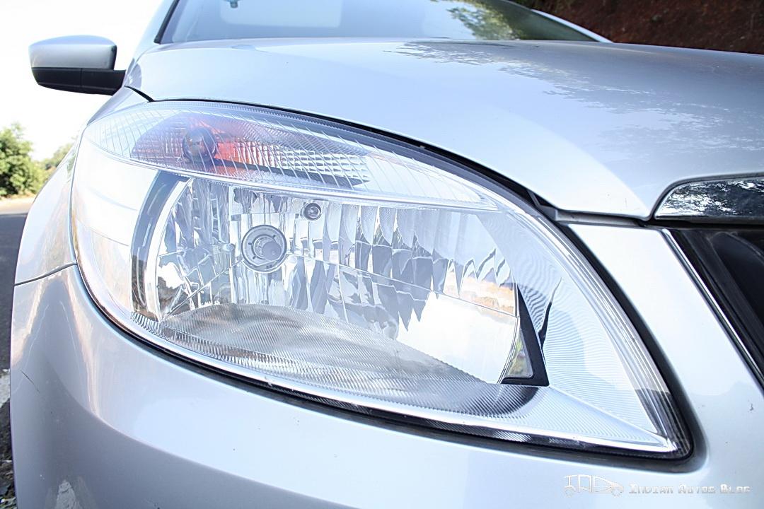 Skoda Rapid headlamps