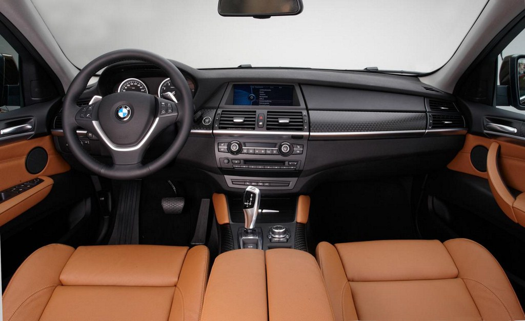 2013 BMW X6 dashboard