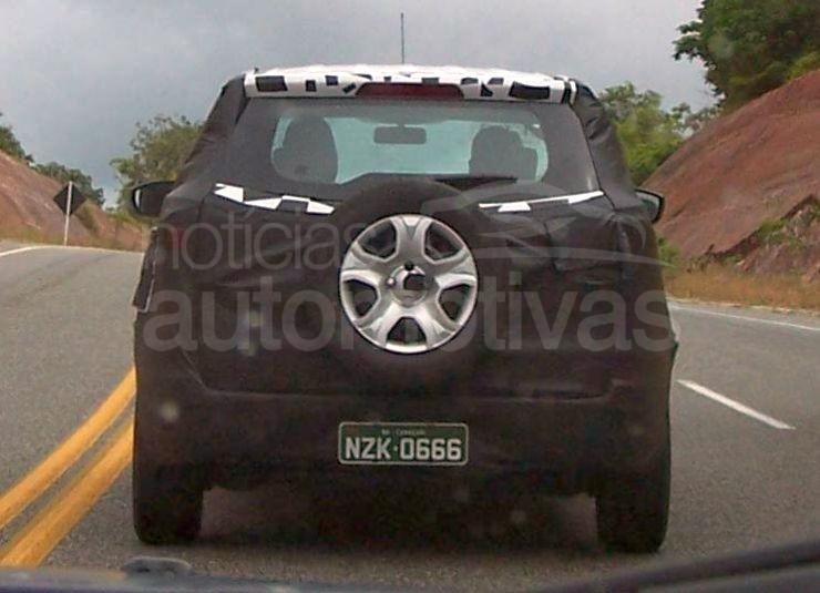 2012 Ford EcoSport testing in Brazil