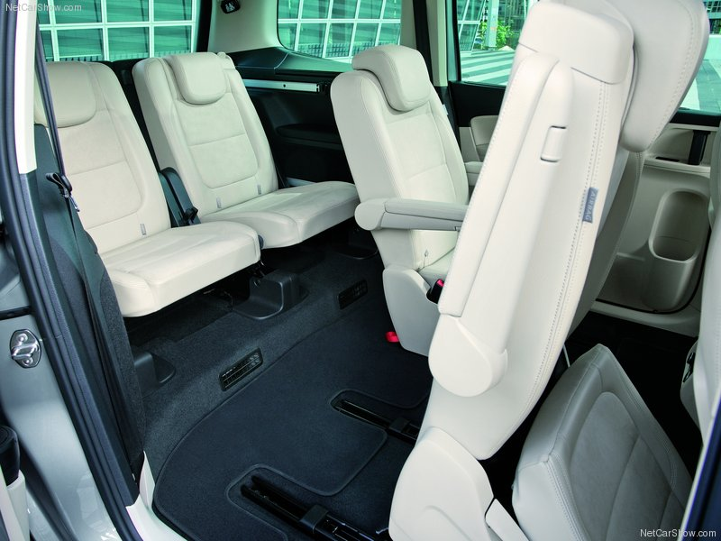 Volkswagen Sharan seats