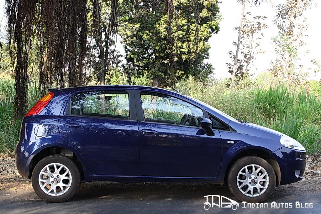 2012 Fiat Grande Punto side