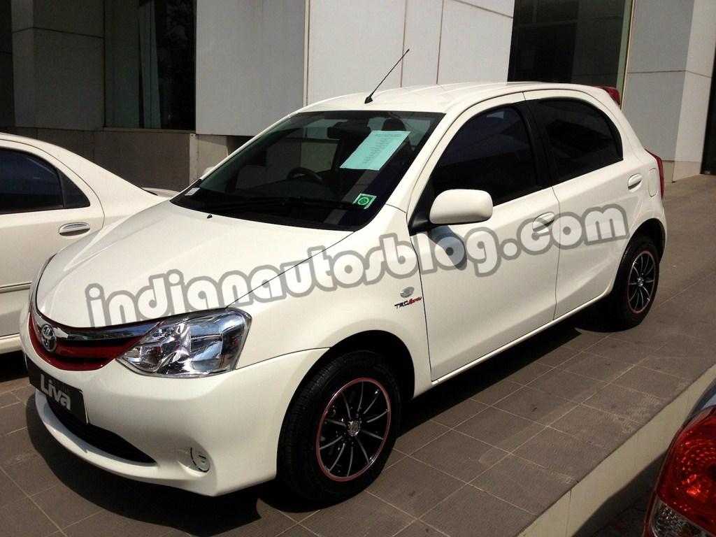 Toyota Etios Liva TRD Sportivo kit