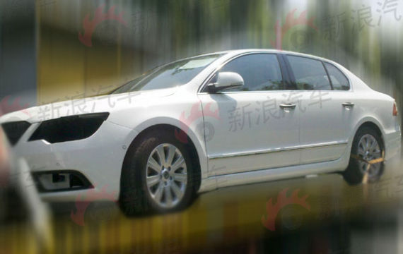 Skoda Superb facelift in China