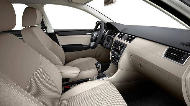 2012 Seat Toledo interior