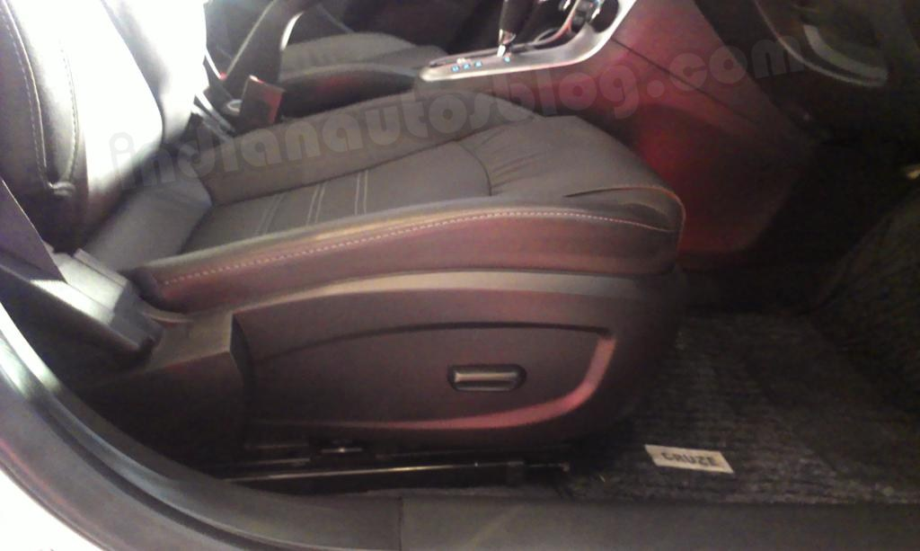 Chevrolet Cruze 6-way power adjustable driver seat