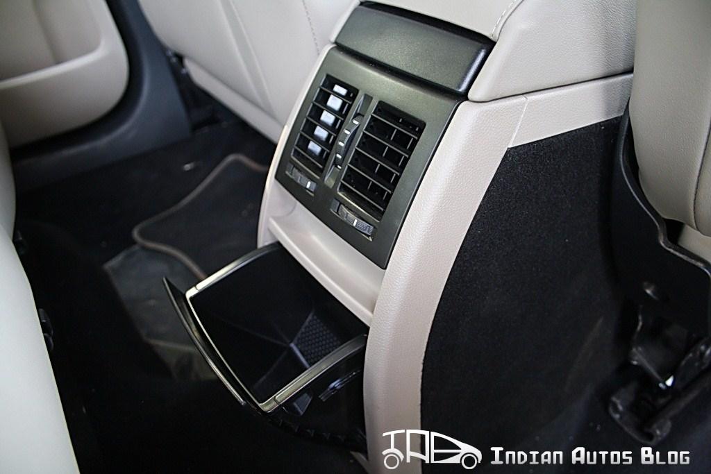 Skoda Yeti rear AC vents