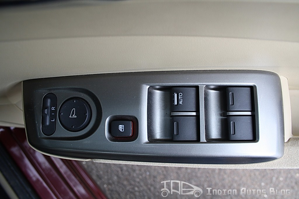 2012 Honda City Interior power windows operating switch