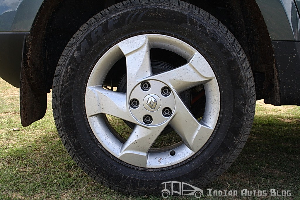 Renault Duster alloy wheels