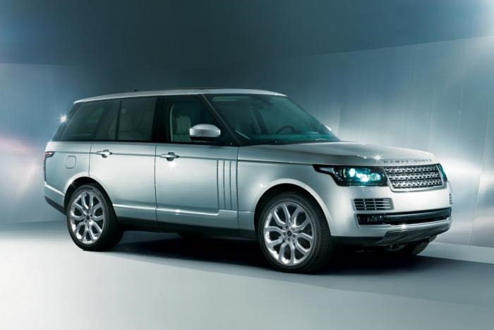 2013 Range Rover leak front left three quarters
