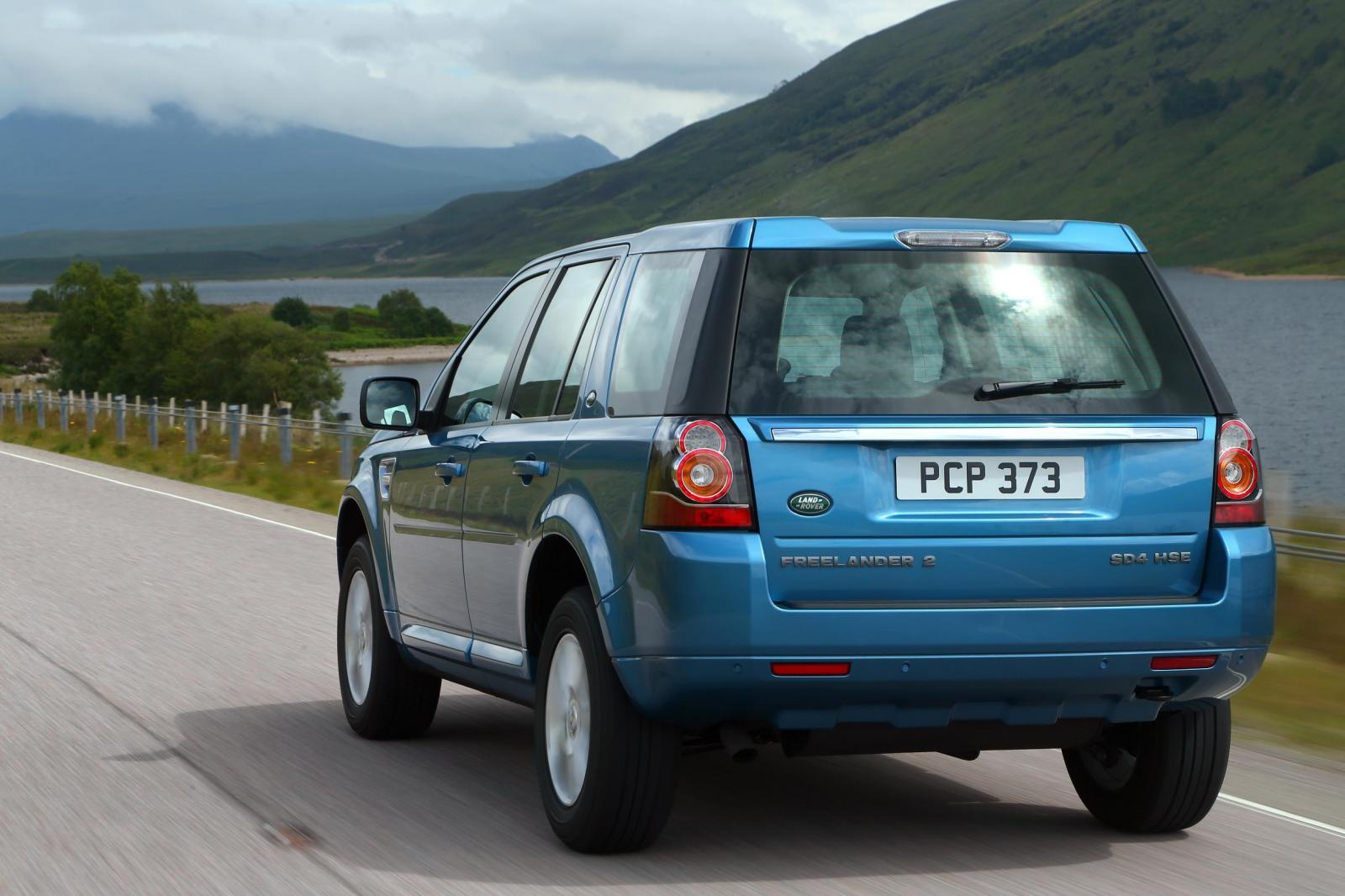 2013 Land Rover Freelander 2 rear view