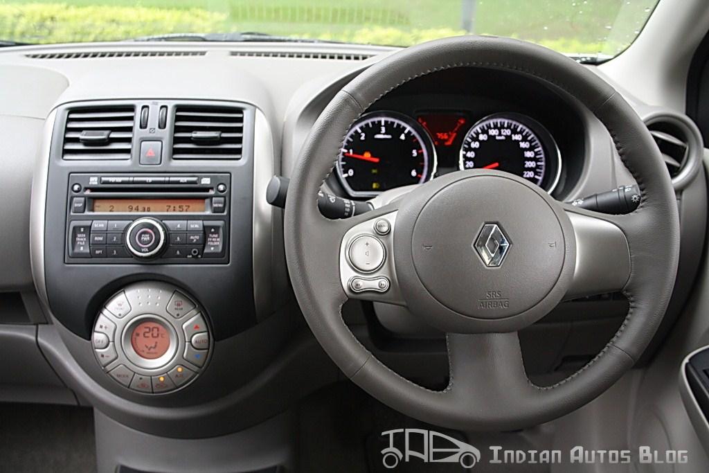Renault Scala steering wheel