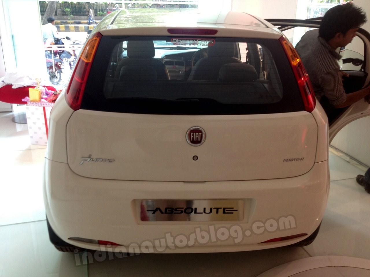 Fiat Punto Absolute Edition rear view