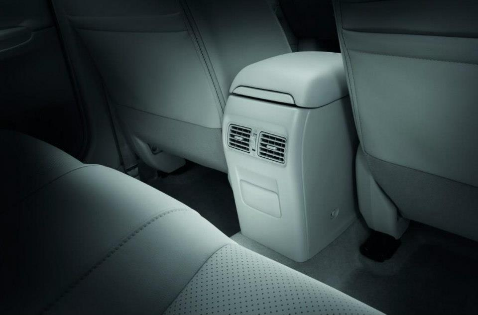 Nissan Sylphy rear AC vents