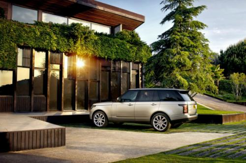 2013 Range Rover on the driveway