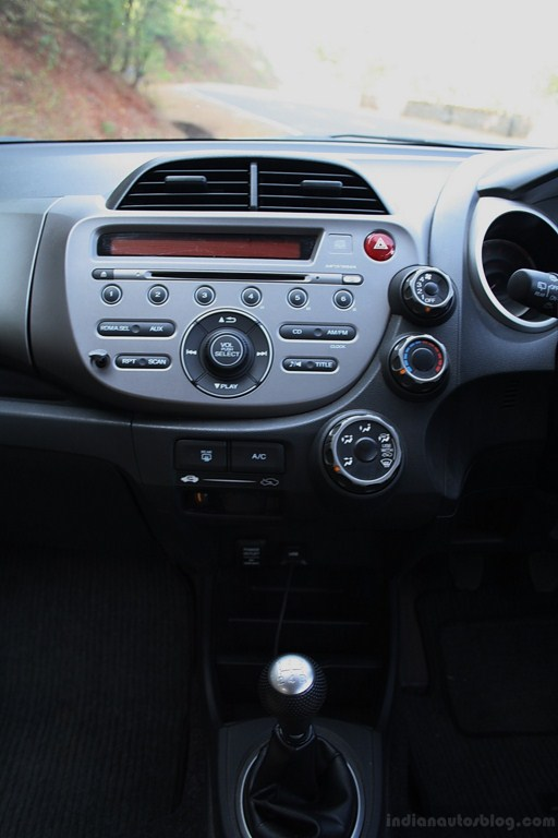 Honda Jazz facelift center console