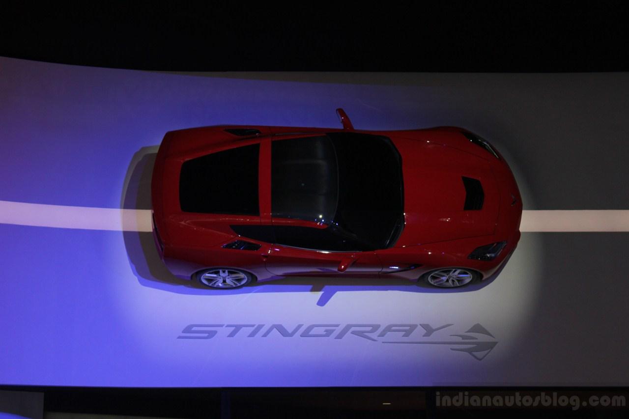 2014 chevrolet corvette stingray unveiled at naias
