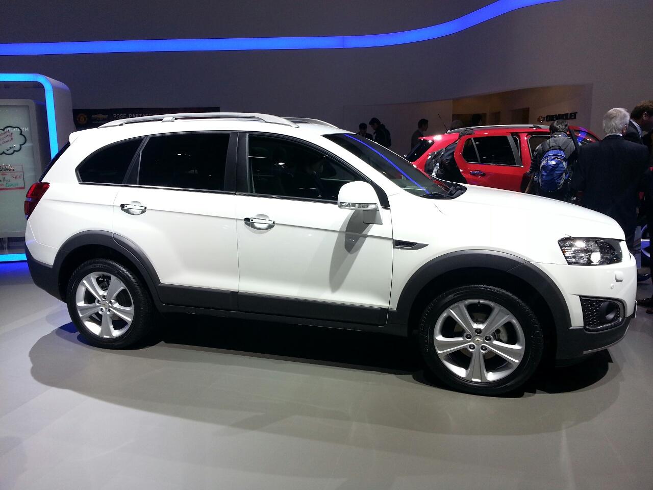 Geneva Live Chevrolet Captiva Facelift Unveiled