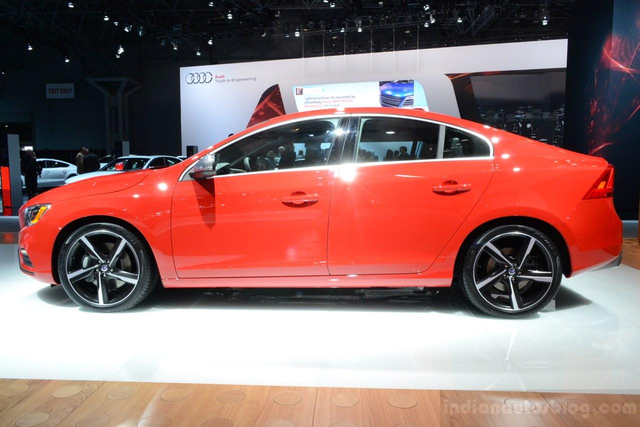 2014 Volvo S60 R-Design side