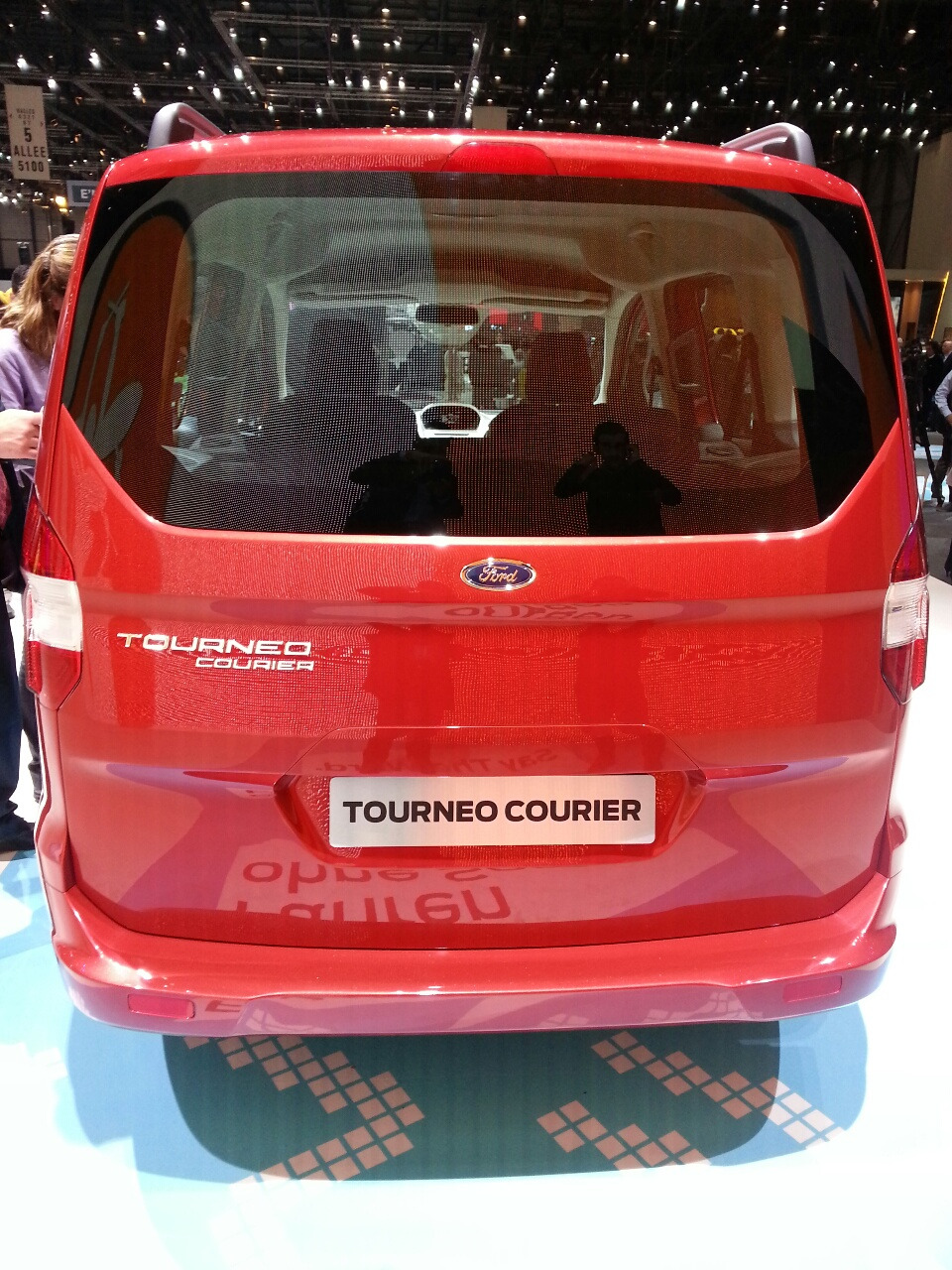 Geneva Live Ford Tourneo Courier Makes Its Global Premiere