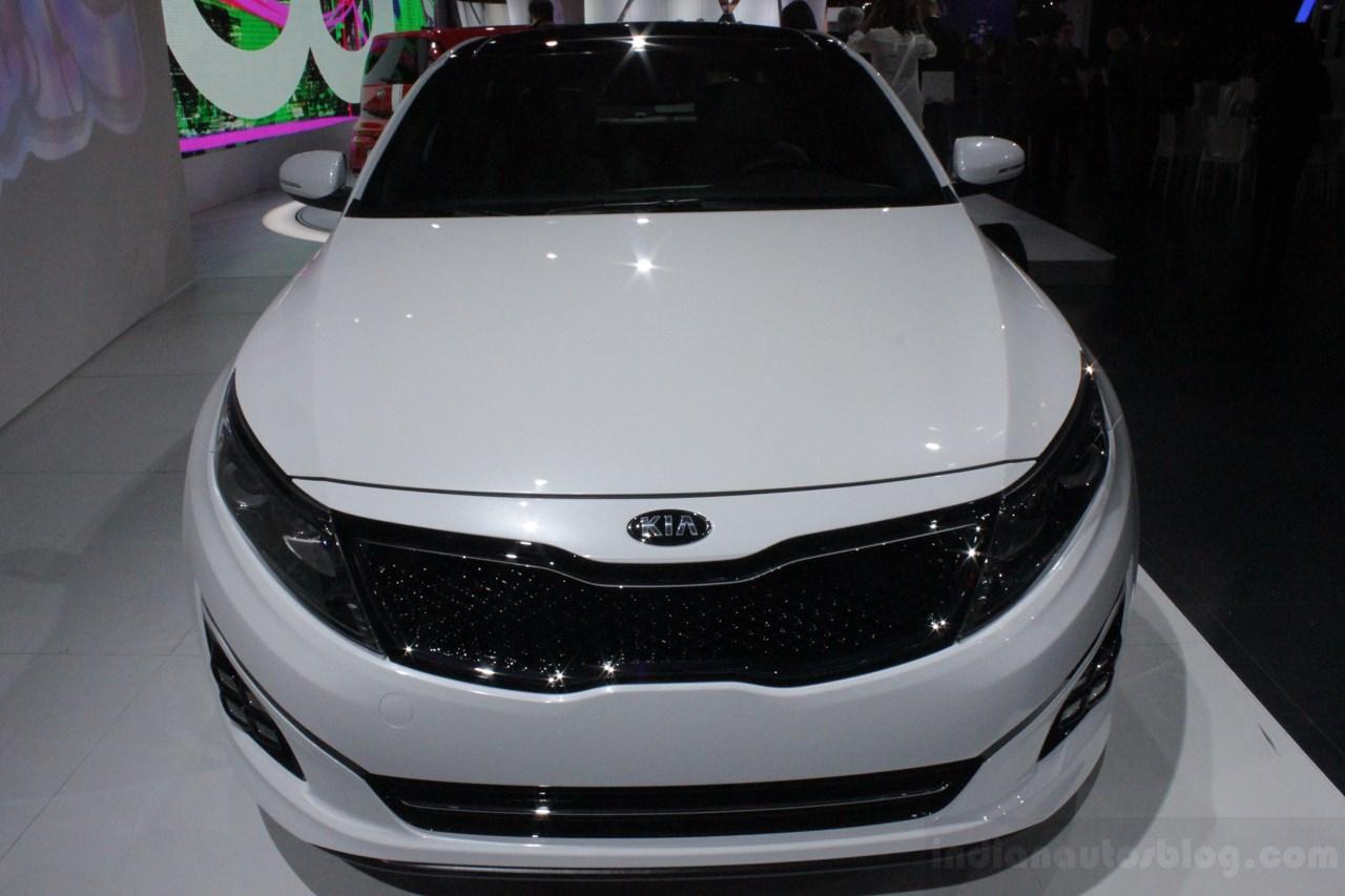 2014 Kia Optima front