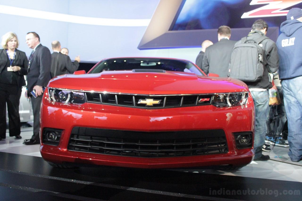 Chevrolet Camaro SS front fascia