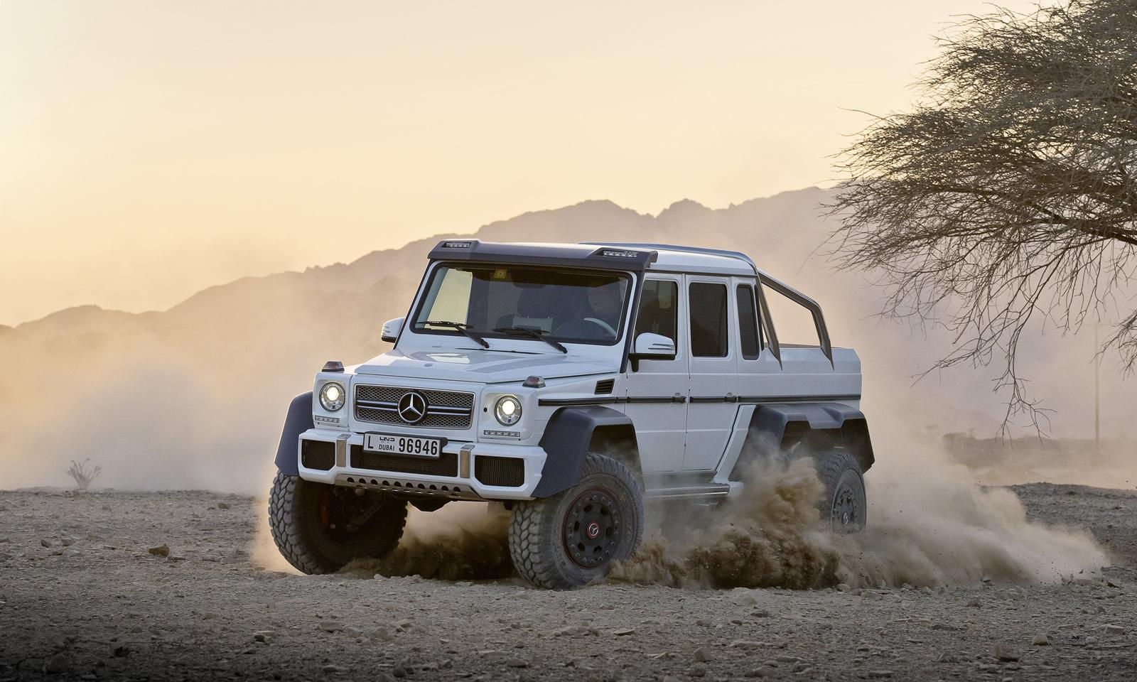 Mercedes G63 AMG 6X6 front three quarters