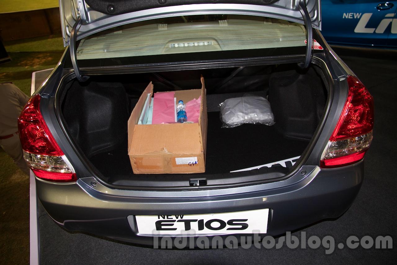 Toyota Etios Facelift boot space