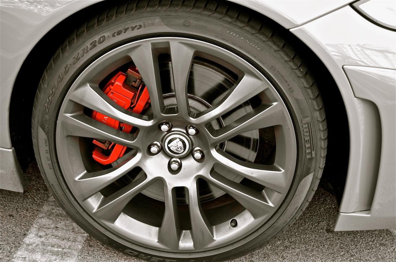 Jaguar XKR-S brake calliper