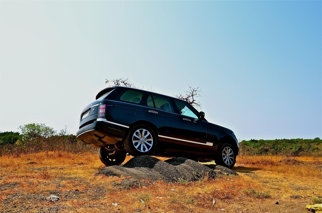 Range Rover off roading