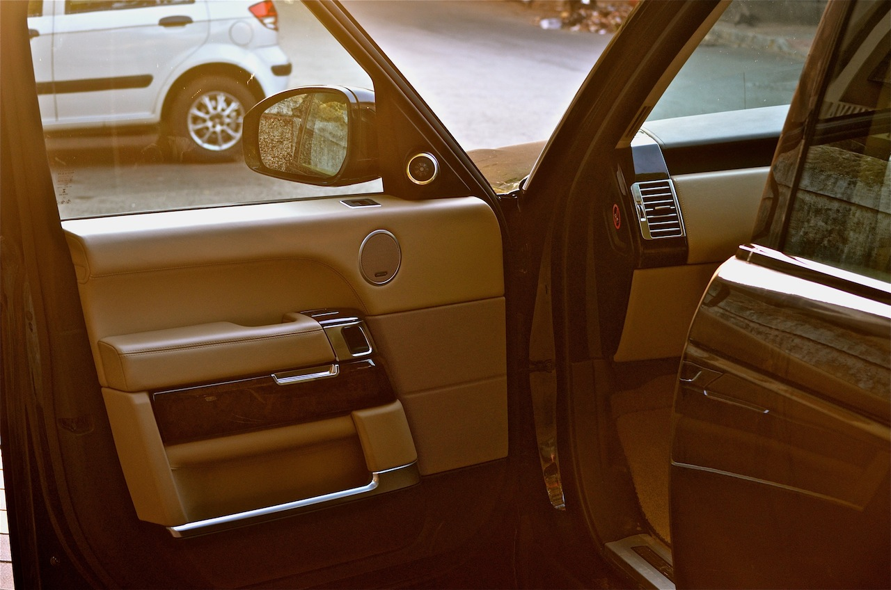 Range Rover door holders