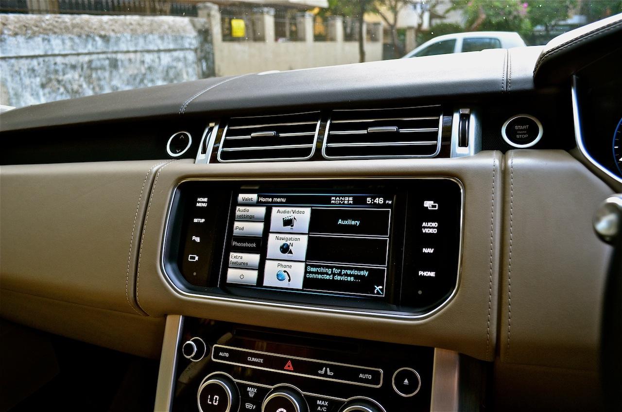 Range Rover front dashboard