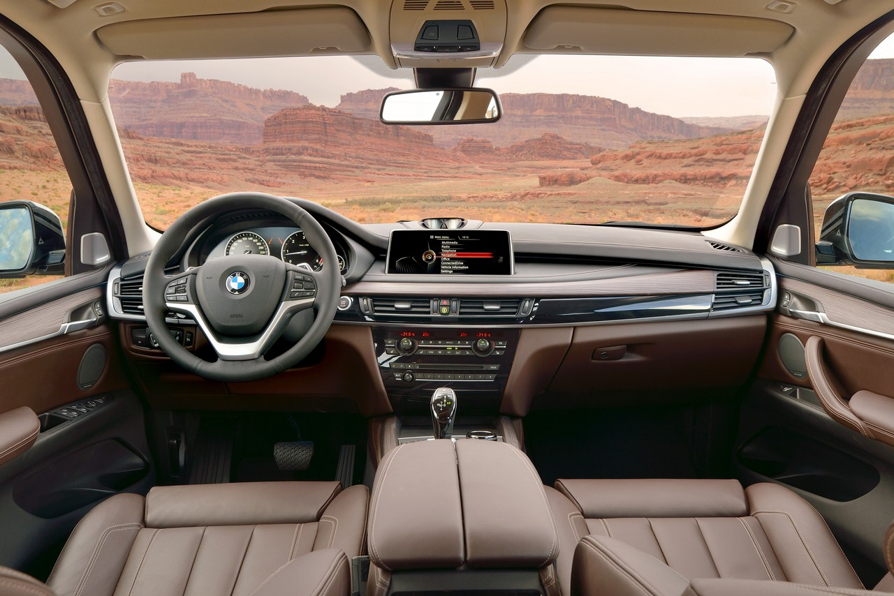 2014 BMW X5 interior mocha