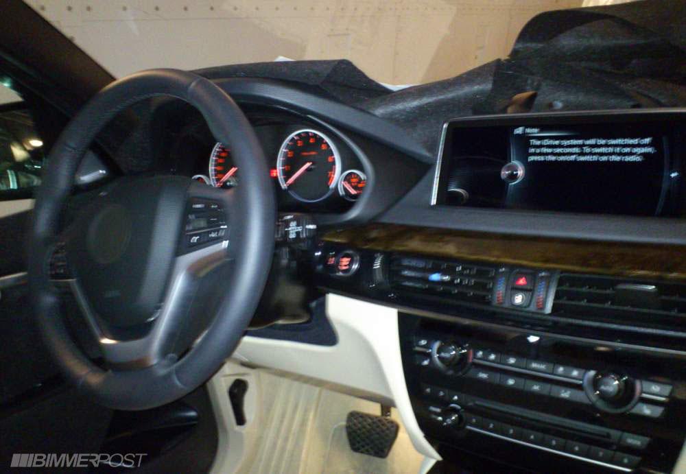 2014 BMW X5 spied interior